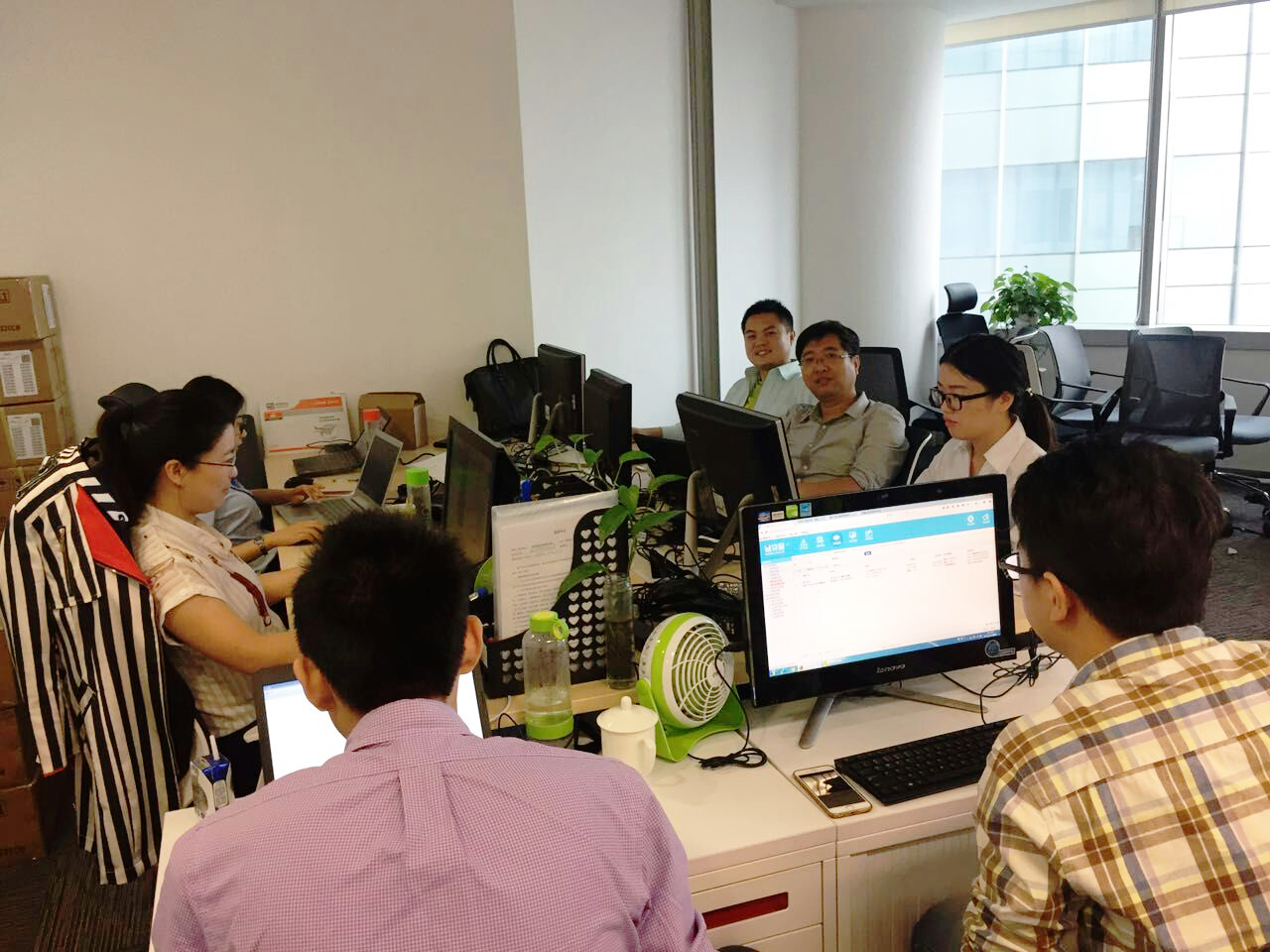 仁润副总叶振华与天眼创始人侯滨带队主持微贷网UAT测试